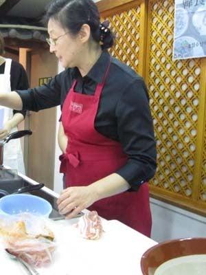 韓国料理研究家・ほんだともみのコリアンワールド-崔誠恩(チェ・ソンウン)先生