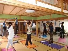 A・K yogaschool-ヨガ