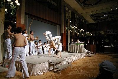 竜太のカポエイラブログ(イベントやメディア出演、ブラジル話など)-バク転あぶねえ
