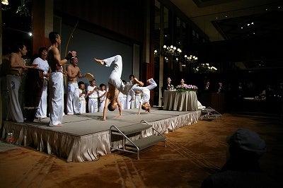 竜太のカポエイラブログ(イベントやメディア出演、ブラジル話など)-その起き上がり