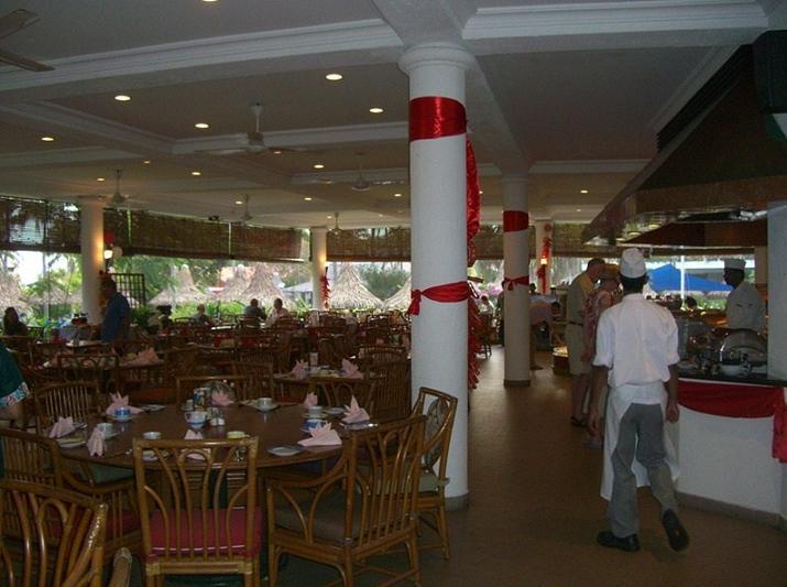 子連れdeペナン島 ゴールデンサンズリゾートの朝食   子連れde ...