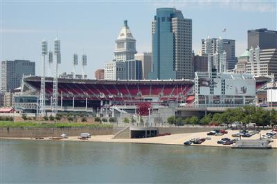 シンシナティ・レッズ球場と、少し日系人について | 田舎インディアナから見るアメリカシンシナティ・レッズ球場と、少し日系人について | 田舎インディアナから見るアメリカ