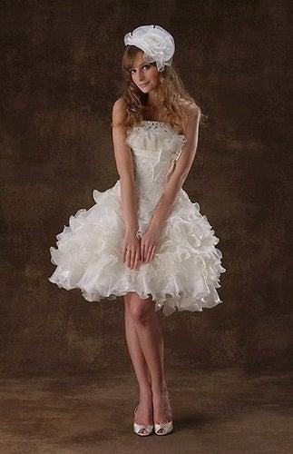 可愛い♡膝丈・ミニ丈のウェディングドレス