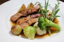 食べて飲んで観て読んだコト+レストラン・カザマ-豚ロース肉のソテー