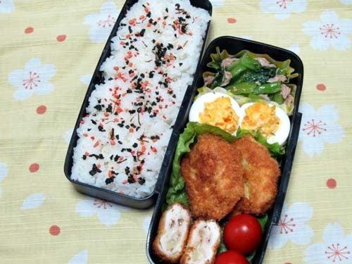 韓国料理研究家・ほんだともみのコリアンワールド-小松菜とツナのナムル