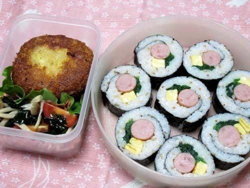 韓国料理研究家・ほんだともみのコリアンワールド-ウィンナーの韓国のり巻き(キムパプ)