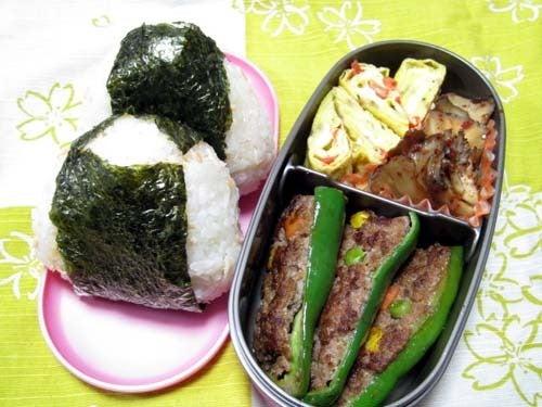 韓国料理研究家・ほんだともみのコリアンワールド-舞茸のピリ辛炒め