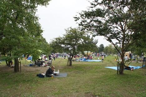 初めてのオートキャンプ!子供と一緒にキャンプに行こう!-公園のバーベキュー場
