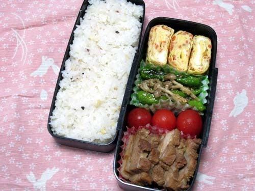 韓国料理研究家・ほんだともみのコリアンワールド-獅子唐としめじのヤンニョムジャンソテー