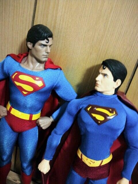 ホットトイズ:スーパーマン②リターンズと比較