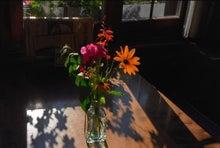 ブリンズ湖テーブルの花
