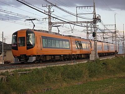 鉄道と旅 鉄旅フォトの写真紀行-近鉄22600系特急電車 大阪上本町行き