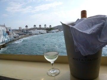 風車とワイン2