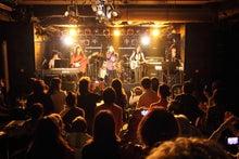キュービックMのバンド活動ブログ -たくさんのお客さんと盛り上がりました
