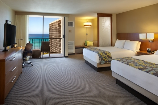 AYAKA-Hyatt Place Waikiki Beach