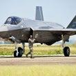 次期主力戦闘機はF3…