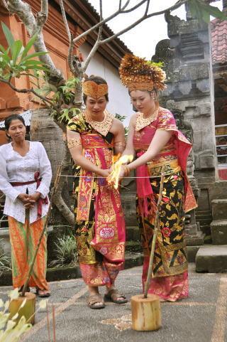 海外挙式&国内挙式:AmiTOUR&ウエディング-バリ島民族衣装・王宮ウエディング