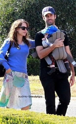 ナタリー・ポートマン 2011年5月~11月婚約者ミルピエと息子 ...