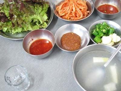 韓国料理研究家・ほんだともみのコリアンワールド-平安道豚足屋 ピョンアンドチョッパルチプ