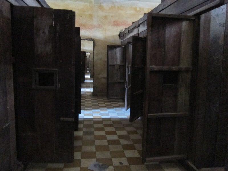 東南アジア - 旅ブログ-トゥール・スレーン牢屋