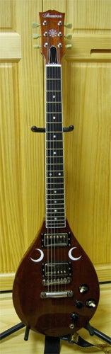 $おまけびと-biwa_guitar