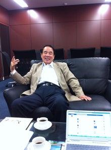 $岩本壮一郎の「鳴かぬなら鳴かせてみせようホトトギス」-江藤副代表