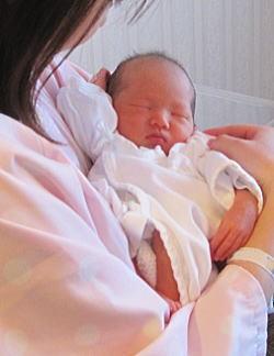 りえのささやかな日常-従姉妹の赤ちゃん