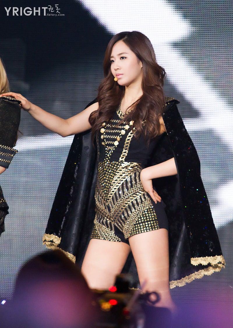 韓国人女王様