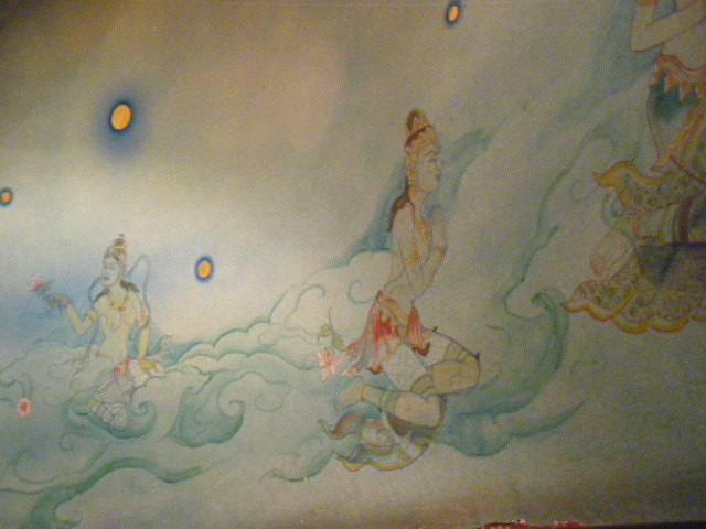 マイペンライになったOLさん☆-エラワン博物館 天女の壁画