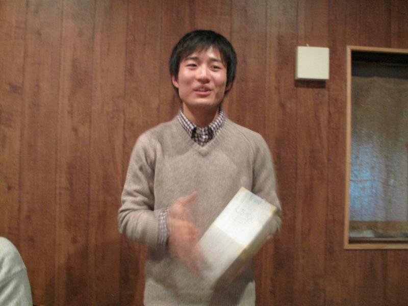 $新潟×朝活 ~勉強会・朝食会・朝カフェ~-緑川さんプレゼン中