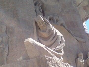 西側の彫刻2