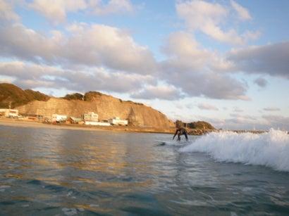 東京発~手ぶらで誰でも1からサーフィン!キィオラ サーフスクール&アドベンチャー ブログ-EC20120118091150.jpeg