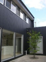石川県発 住宅ローン情報&コストダウンで家づくり-中庭のある家