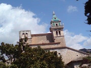 修道院近景1