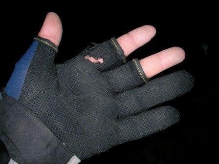 一生釣りして暮らしたい-4手袋破けた