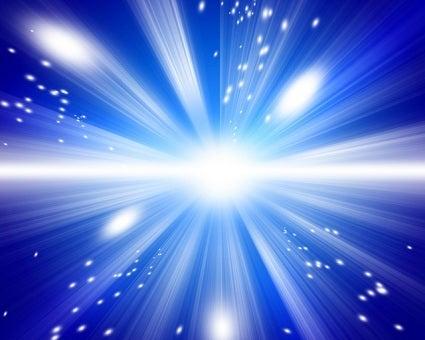 $今ここに在る奇跡 静寂に包まれた本当の自分(真我)で在るとき、あなたに恩寵が降り注ぎます-閃光