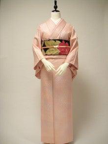 $kuwashi KIMONO RENTAL店主のブログ-ライトピンク地紋正絹色無地 袋帯フルセット