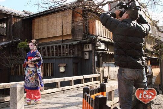京都舞妓体験処『心』 スタッフブログ-博報堂、舞妓体験のTV取材