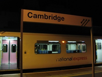 ケンブリッジ駅で