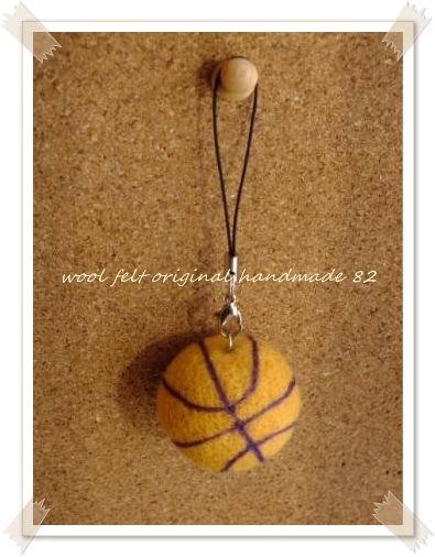 羊毛フェルトバスケット1 羊毛フェルトバスケット2