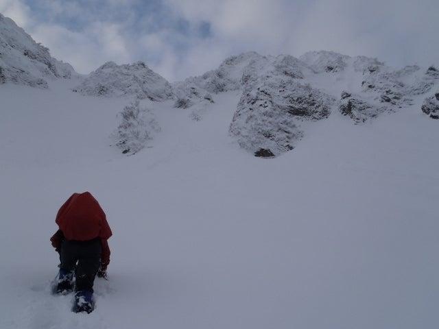 関西蛍雪山岳会のページ-左が滝沢尾根、右が弥山東稜