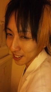 歌舞伎町ホストクラブ ALL 2部:街道カイトの『ホスト街道を豪快に突き進む男』-120314_082136.jpg