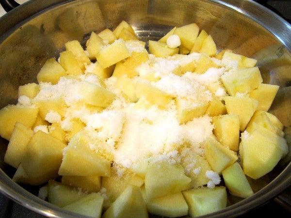$おもいでのヤンゴ-りんごに砂糖を投入