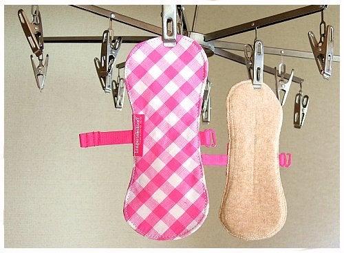 ランジェリーホリックス(布ナプキンと、服飾雑貨) ものづくりの日常