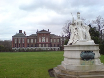 ケンジントン宮殿付近