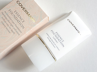 キレイニッキ。-COVERMARK Essence Foundation white 1