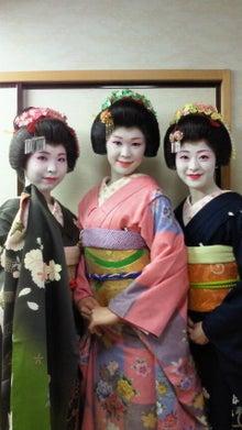 浅草の振袖さんのブログ-2012041514360001.jpg