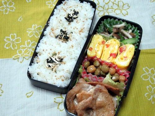 韓国料理研究家・ほんだともみのコリアンワールド-アスパラとしめじのナムル