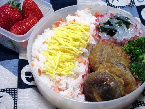 韓国料理研究家・ほんだともみのコリアンワールド-しいたけの肉詰めジョン