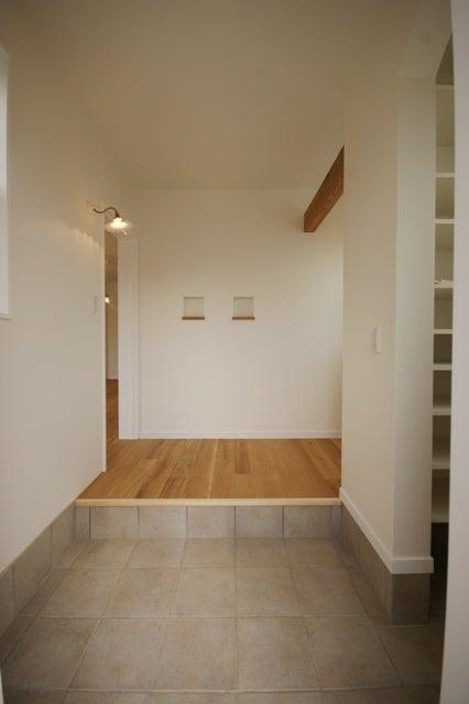 徳島県で家を建てるならサーロジック-ナチュラル玄関